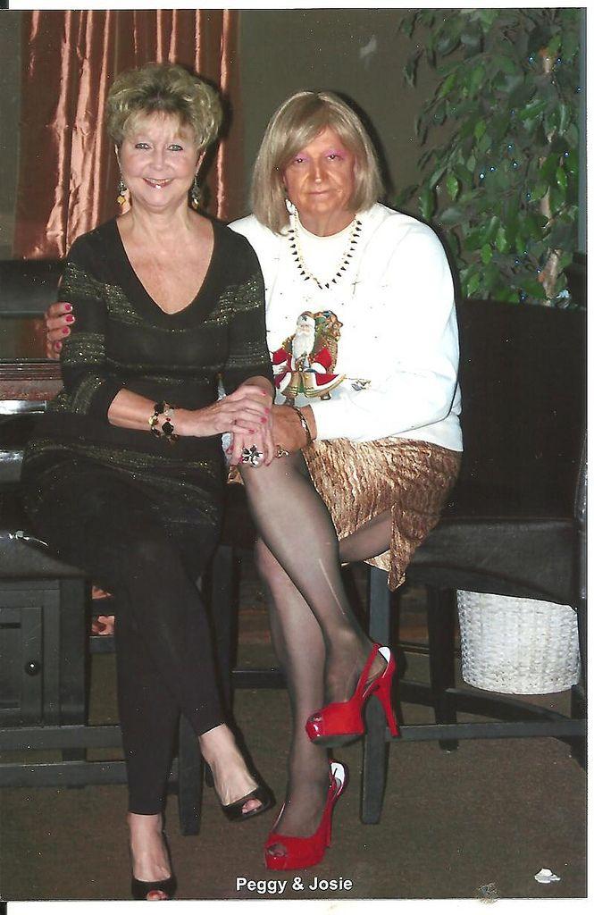 13 Peggy & Josie @ Shannons Augusta Ga 12222013-3 | Flickr ...