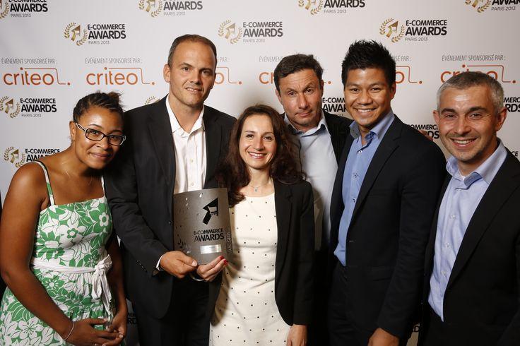 """@Karen Berendes remet l'E-commerce Award dans la catégorie """"Technologie"""" à l'équipe de @CommerceGuys #ECP13 #Awards"""