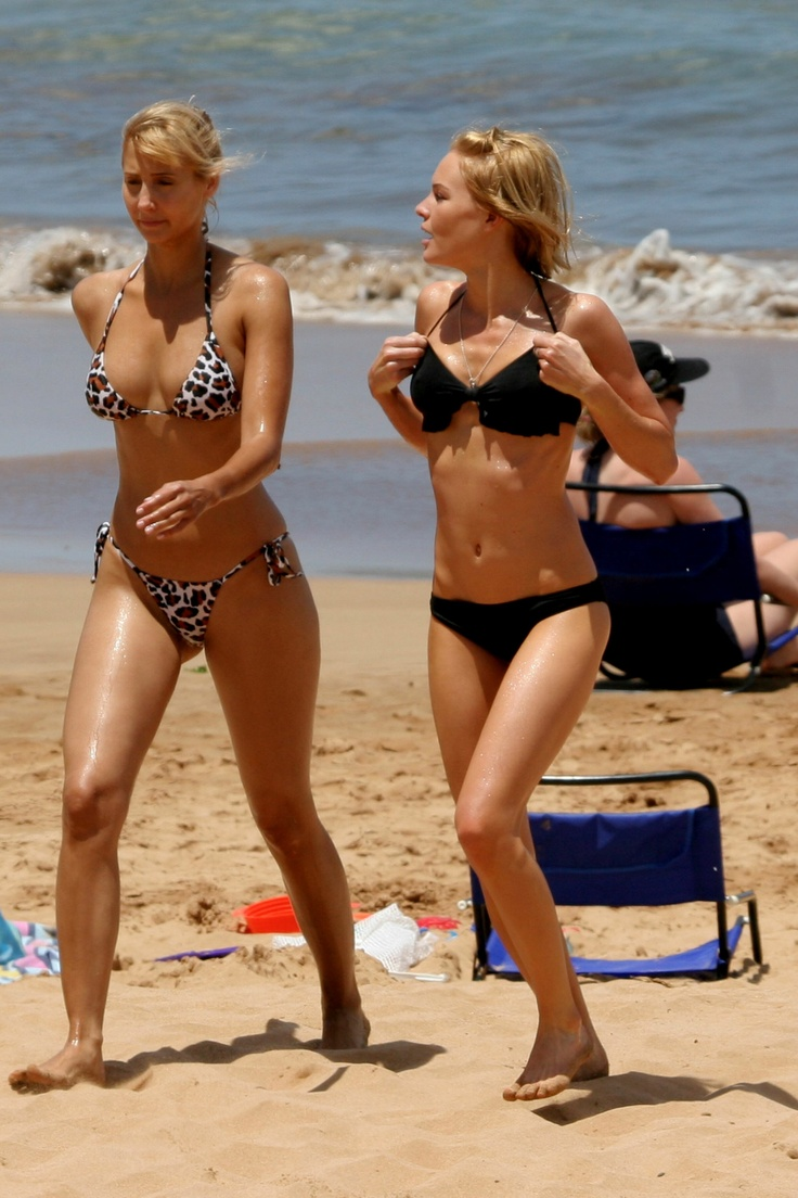 Kate Bosworth  Hot Friend In Maui - Bikini Pictures -2429