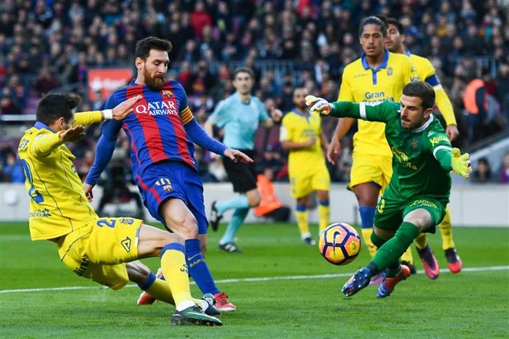 Las Palmas Vs. FC Barcelona, line-up, Live Stream Barcelona squad named for La Liga match against Las Palmas Ernesto Valverde has called up 18 players for Thursday's league trip to Las Palmas The next Barcelona match is upon us! The Blaugrana travel to Las Palmas for an important La Liga game for the leaders and Ernest