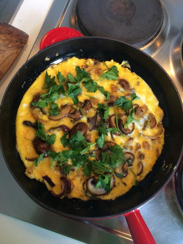 [Homemade] Mushroom omelette baveuse