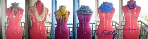 Cuellos tejido con telar circular