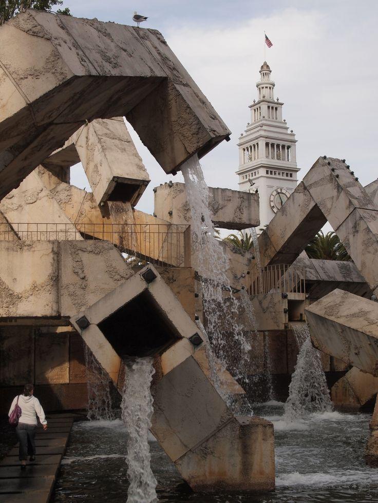 Sculpture Fountain   San Francisco   California