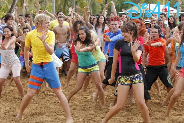 """Disney Channel Set Production For """"Teen Beach Movie 2″"""