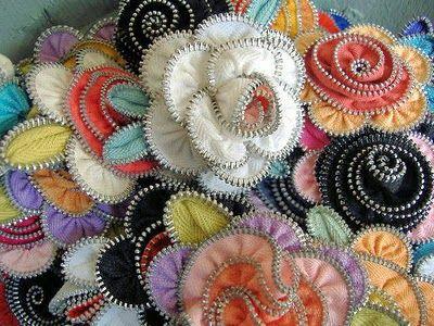 zipper flowersZipper Flowers, Sewing, Crafts Ideas, Flower Pin, Zippers Art, Zippers Crafts, Zippers Flower, Flower Ideas, Diy