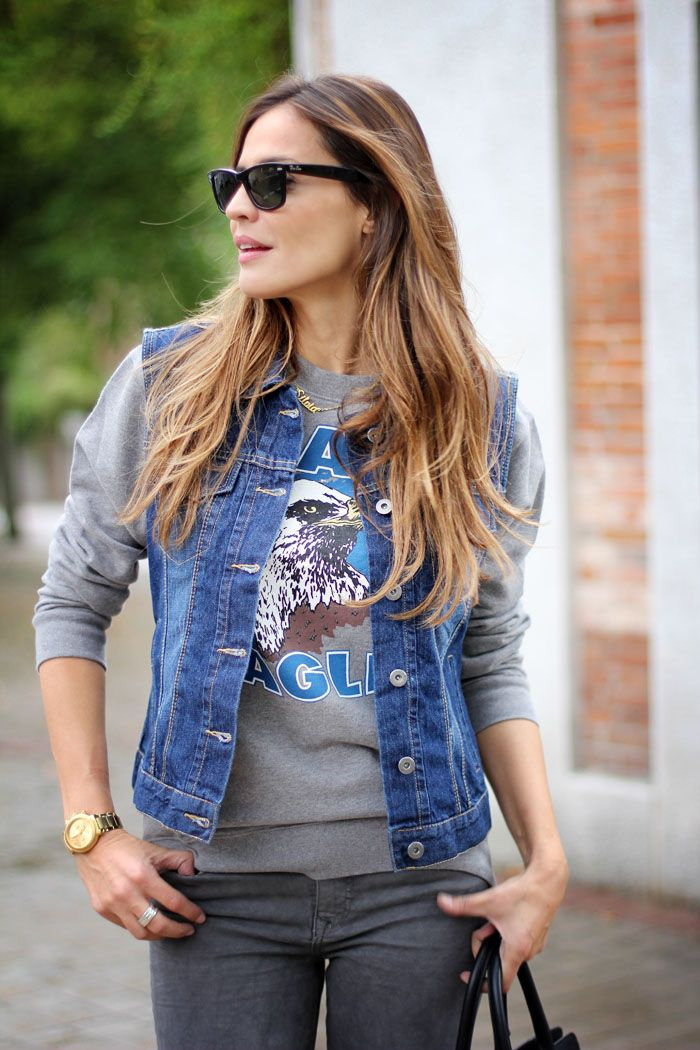 printed hoodie | Looks - Jeans | Denim fashion, Fashion, Denim trends