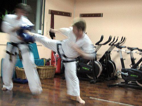 https://flic.kr/p/4zm5rg | Speed equals power #taekwondo #martialarts #santiagopinto #kick #blackbelt #태권도 #sidekick