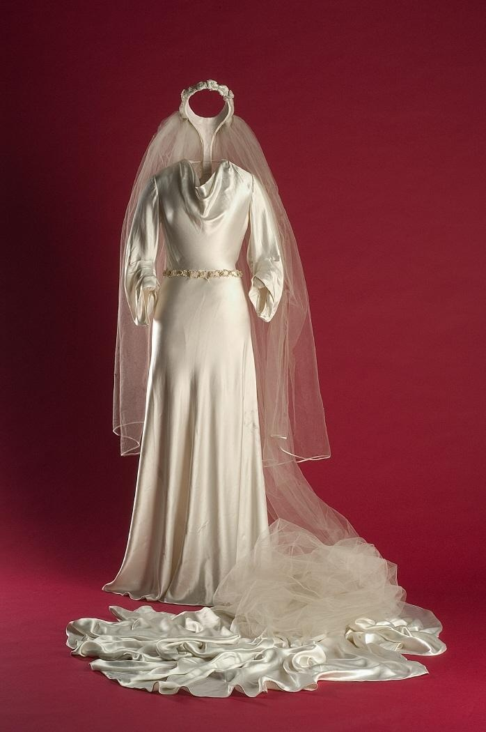 Sarmantón  wedding dress  1934