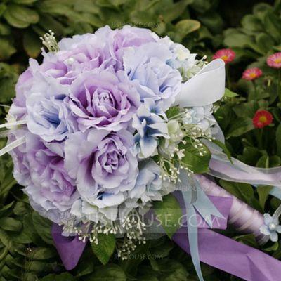 Brudbuketter - $19.99 - Romantiskt/Lila Rund Satin Brud Buketter (124032070) http://jjshouse.com/se/Romantiskt-Lila-Rund-Satin-Brud-Buketter-124032070-g32070
