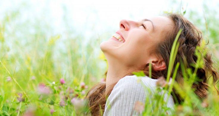 Pravidelný pobyt v přírodě zlepšuje nejen náladu, ale také celkové psychické i fyzické zdraví.