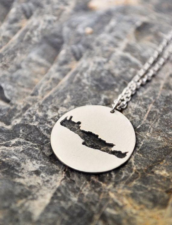 Crete Necklace / Crete Map Necklace / Greek Souvenir by Bubblebox