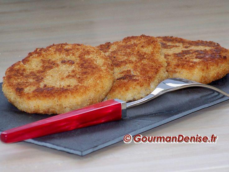 Cette recette de galettes de risotto permet d'utiliser un reste de risotto tout en offrant un résultat très goûteux.