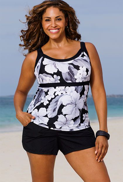 Beach Belle Casablanca Plus Size Empire Cargo Shortini