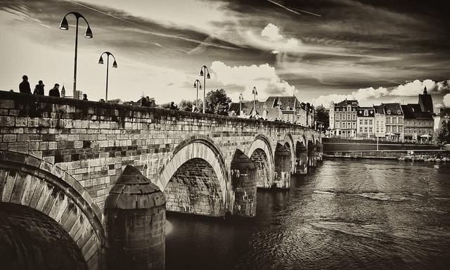 Sint Servaas Bridge, Maastricht, Limburg, Netherlands