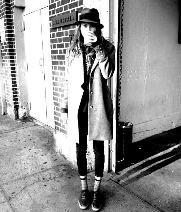 .: Hats, Fashion, Inspiration, White Sunri, Fall Coats, Behati Prinsloo, Black White, Fall Jackets, Tomboys Style