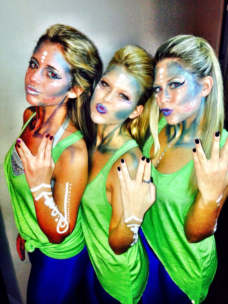 Coolest Halloween costume #aliens #halloweenmakeup #sexy #unique #collegegirls