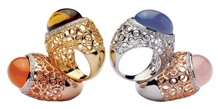 Коктейльные кольца от Ramon, белтое и желтое золото, бриллианты, оникс, цитрин, розовый кварц, лунный камень.