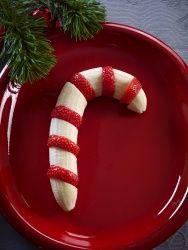 Hvordan lage sunn polkastang av banan og jordbær – frukt.no #jul #polkastang #banan
