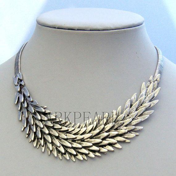 bridesmaid gift beadwork necklaceBeaded Jewelrybib by Arkpearl, $12.00