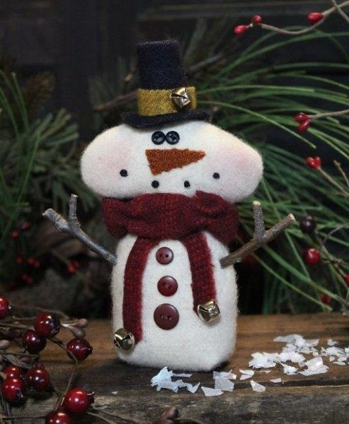 primitive cloth doll pattern snowman Christmas pin keep