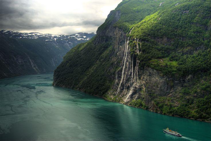 Seven Sisters Waterfall, Geirangerfjorden, Norway.