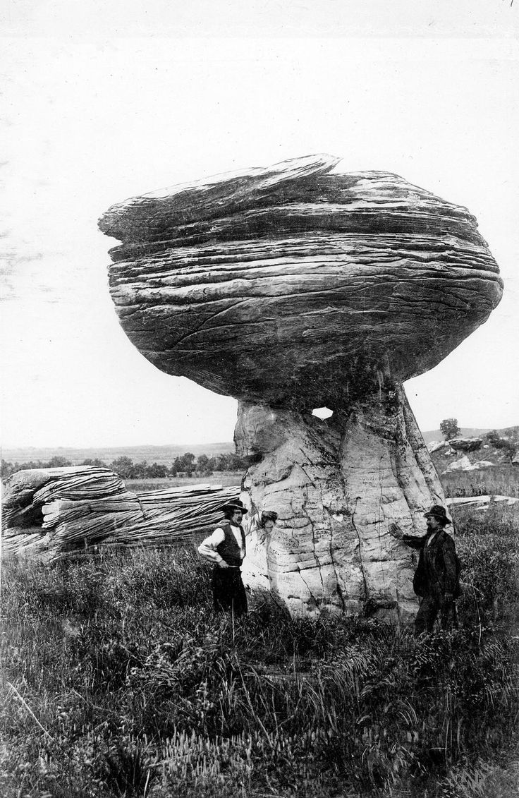 Kansas phillips county kirwin - Happy Statehood Day Kansas Here S A Mushroom Rock Under Which Is Not Mario