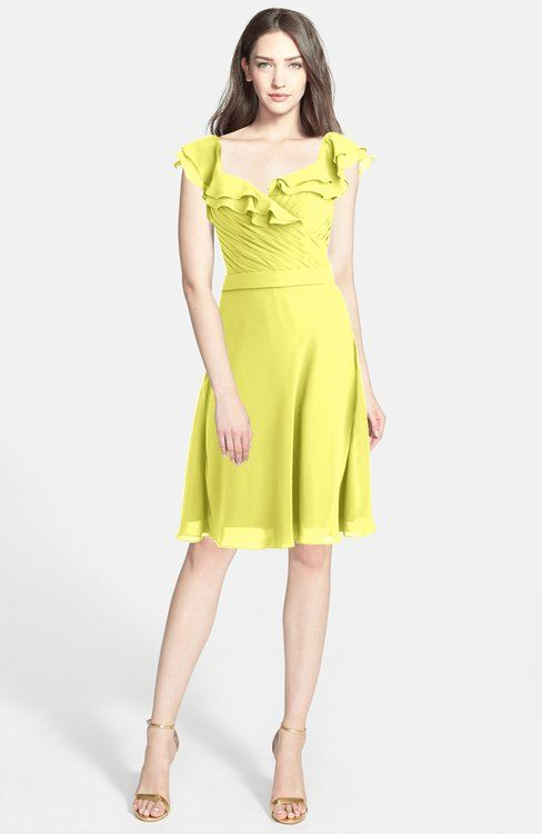 Pale Yellow Modern A-line Wide Square Chiffon Knee Length Bridesmaid Dresses