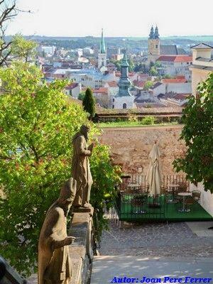 Vistas desde el Castillo de Nitra #eslovaquia http://www.pacoyverotravels.com/2014/07/que-ver-nitra-ciudad-mas-antigua-eslovaquia.html