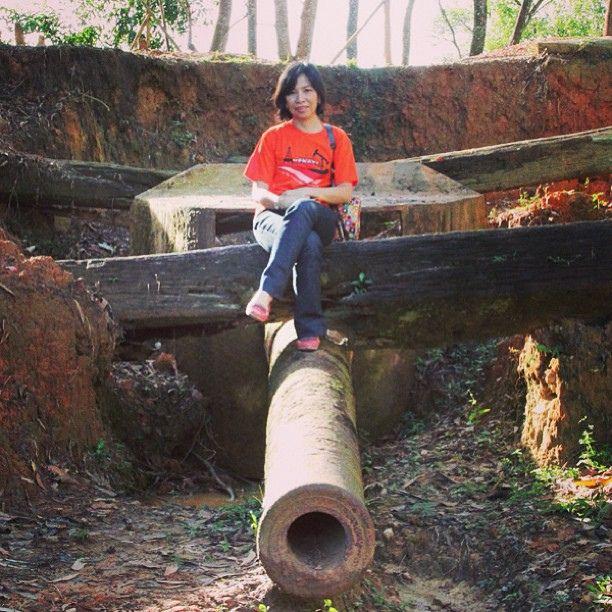 Me with WW2 Canon Gun wrecked #gun #canon #ww2 #instagram #instagramers #instabpn #history #instapic