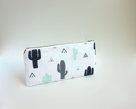 Cactus print case / Cute pencil case / Cactus pencil case by Apozi