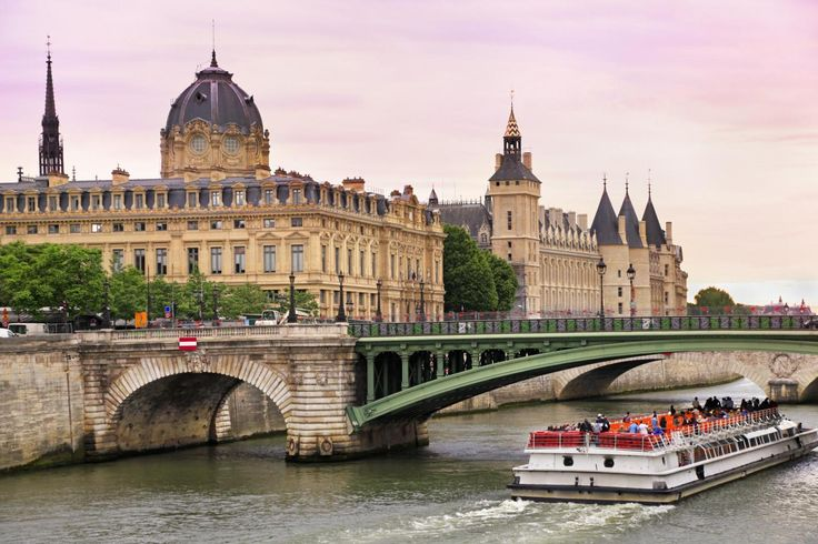 seine river cruise paris   See Paris from the Seine