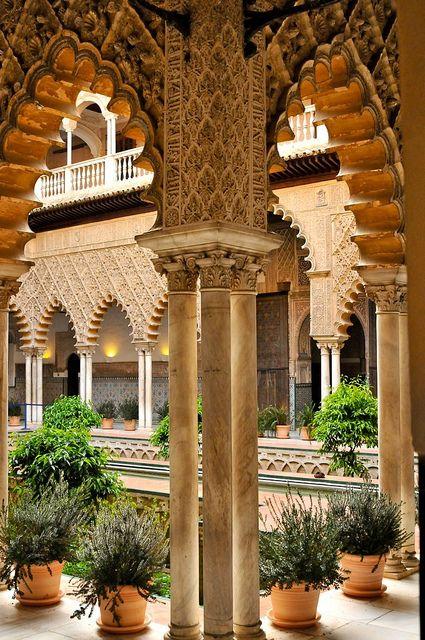 Spain, Andalucia, Sevilla, Collonade, the Alcazar