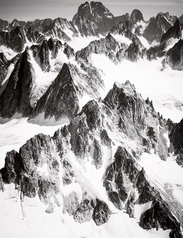 Amazing: Graphics Art, Inspiration, Black White, Art Inspo, Latest Posts, Landscape, Snow Mountain, Snow White, Snowy Mountain