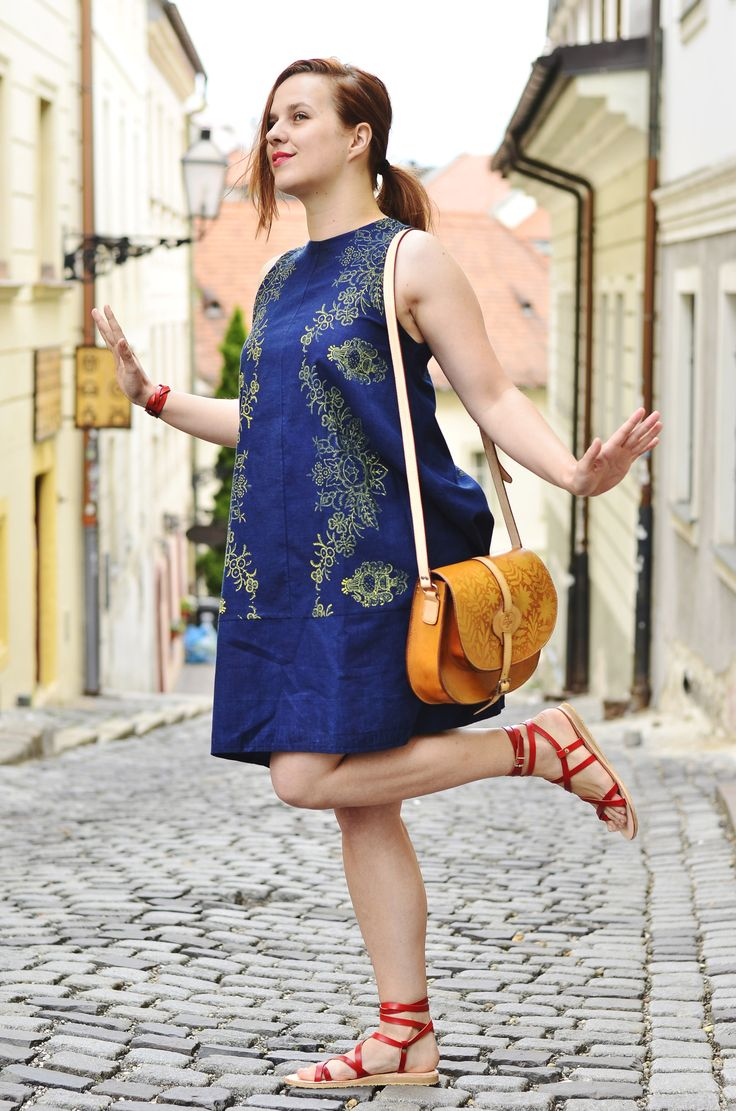 recyklované modrotlačové šaty