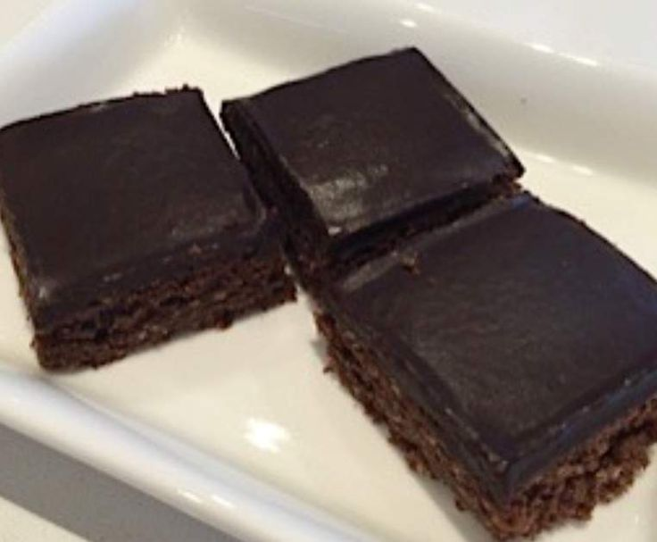 Recipe Best Ever Chocolate Biscuit Slice by Rene Hamilton - Recipe of category Baking - sweet