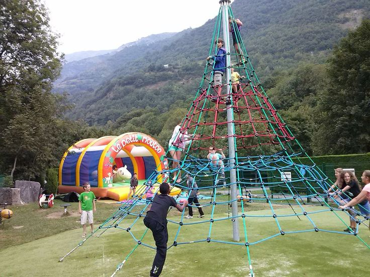 Aire de jeux enfants - Camping Airotel Pyrénées