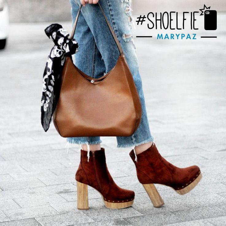 Nuestra amiga Martina Lubián Blog nos da los buenos días con este #Shoelfie de camino a la oficina  Hazte con este BOTA PLATAFORMA MADERA aquí ►http://www.marypaz.com/bota-plataforma-tachuelas-0135616i650-75078.html  #SoyYoSoyMARYPAZ #Follow #winter #love #otoño #fashion #colour #tendencias #marypaz #locaporlamoda #BFF #igers #moda #zapatos #trendy #look #itgirl #invierno #AW16 #igersoftheday #girl #autumn  Disponibles en tienda y en MARYPAZ.COM
