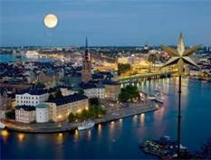 Moon over Stockholm!