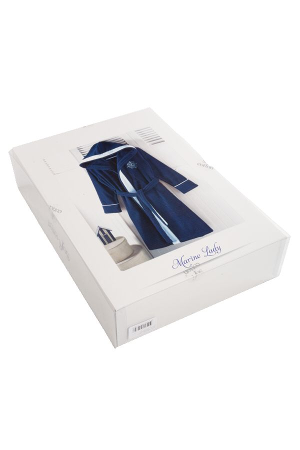 Połączony z ręcznikami MARINE LADY stanie się wspaniałym prezentem dla wyrafinowanych kobiet.