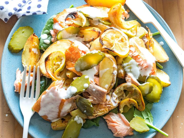 This is a fast and tasty mid-week meal idea from Nici Wickes where the ingredients  – smoked salmon, caramelised lemon, crispy potatoes, gherkins and creamy yoghurt dressing – all tumble together!