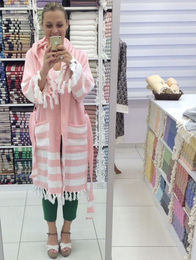 Pretty in pink peştamel custom-made bathrobe. #jennifershamam #organiccotton #handloom #weaving #Turkey #bathrobe