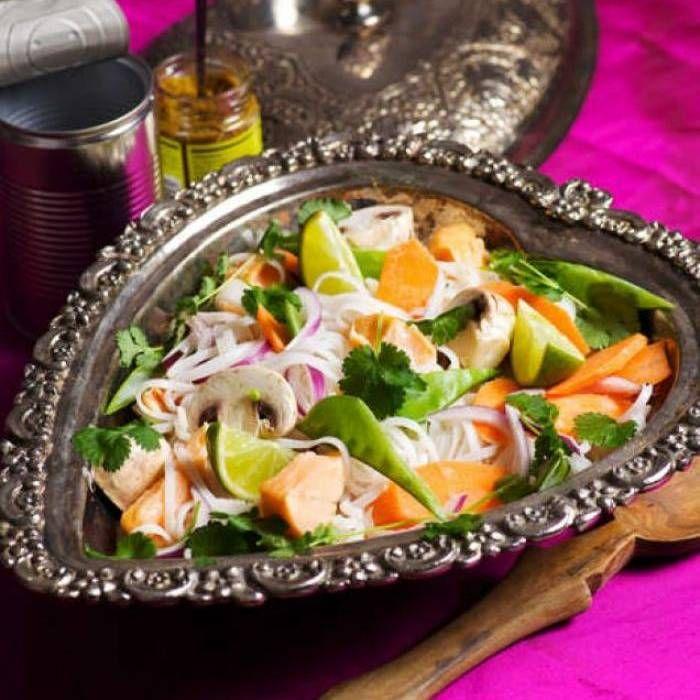 Laxgryta med nudlar och grön curry
