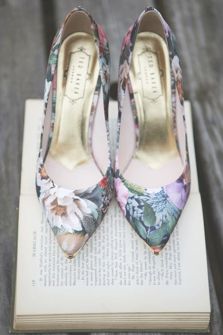 Ted Baker Floral Shoes | Brasenose College Oxford University Wedding | Vera Wang Wedding Dress | Ted Baker Bridesmaids | Image by Natalie J Weddings | http://www.rockmywedding.co.uk/laura-pete/