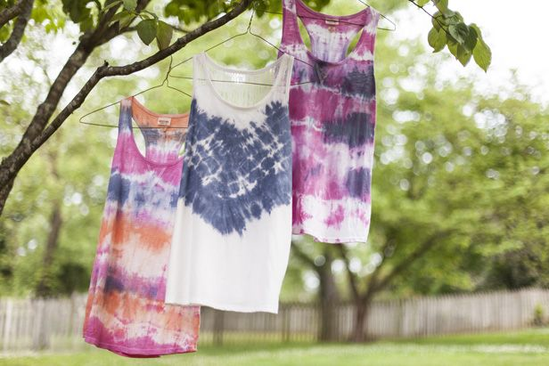 Learn how to tie-dye tops and get the boho-chic look on the cheap from the pros at DIY Network.