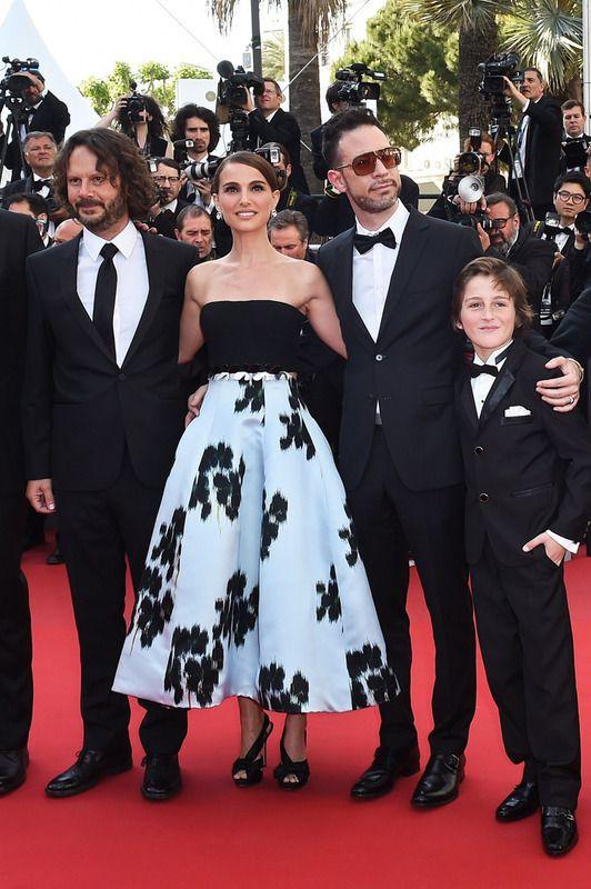 Natalie Portman, bellísima con un vestido black&white de Christian Dior,