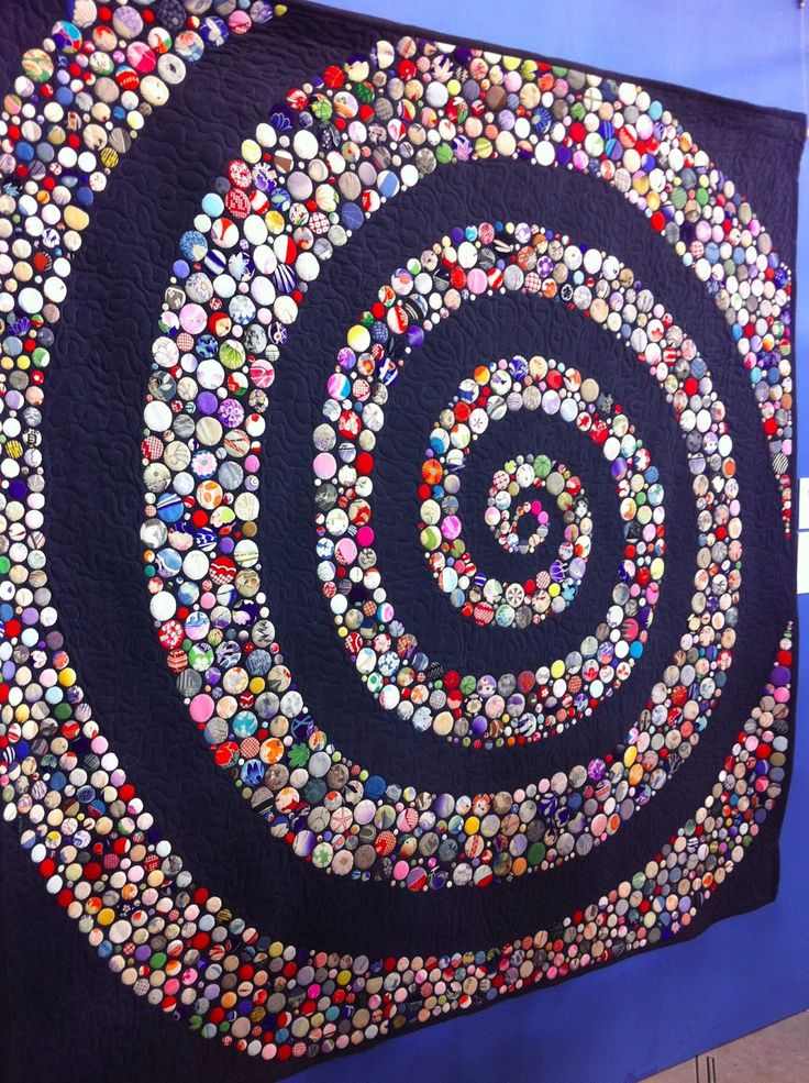 """Life"" by Yoshiko Katagiri, made with hundreds of hand appliqued silk circles.  Photo by A Quilter by Night: 2013 Tokyo International Great Quilt Festival"
