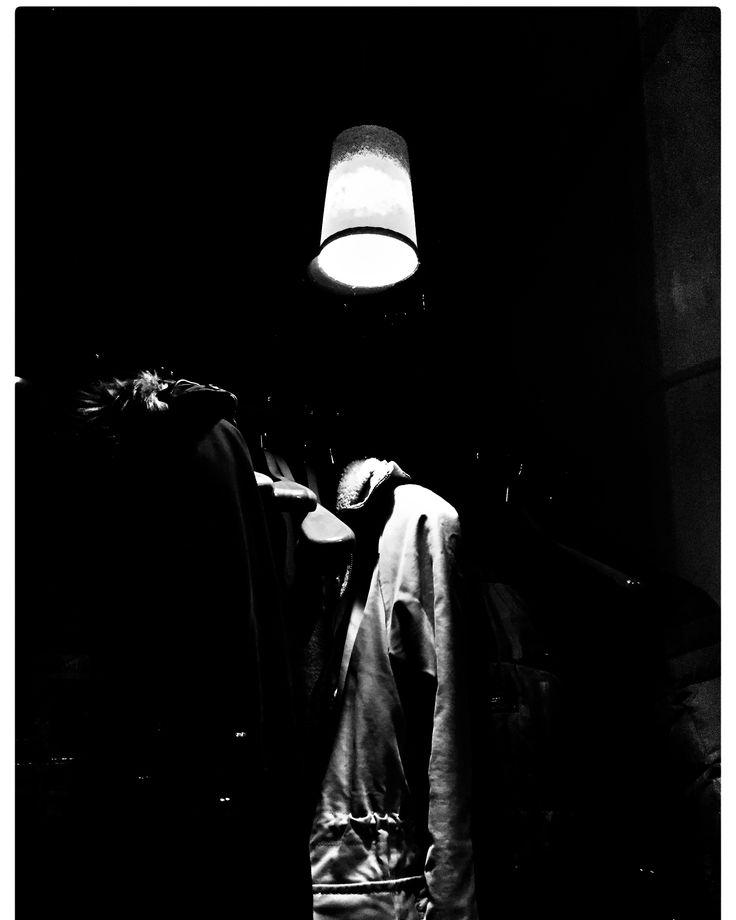 Loneliness coats... iPhone 6, Snapseed, Bar, který neexistuje, Brno