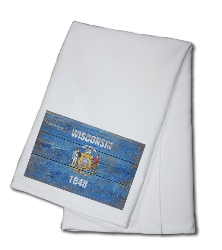 Towel (Wisconsin Flag - Barnwood Painting - Lantern Press Artwork)