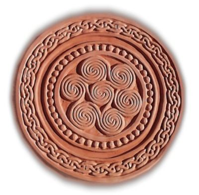 Garden Molds - Celtic Round Stepping Stone Mold, $24.95 (http://www.gardenmolds.com/celtic-round-stepping-stone-mold/)