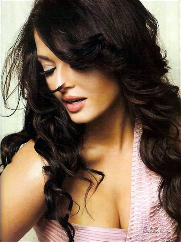 Timeless Beauty Queen Aishwarya Rai